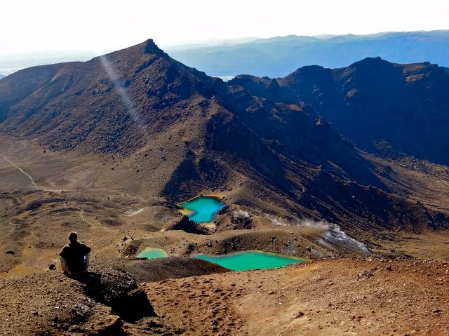 7 Wonders of the Backpacker's World | Tongariro Alpine Crossing, New Zealand