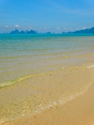 Phang Nga Bay | 7 Wonders of the Backpacker's World