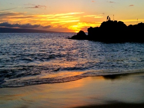 Watching cliff divers at Black Rock Beach